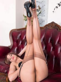 Tracy Rose stripping in vintage nylons and heels