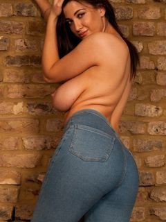 Big tits Joey Fisher teases in her skinny jeans