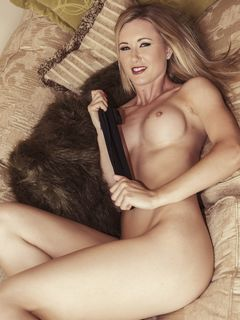 Awesome blonde Sam Tye strips off on her sofa