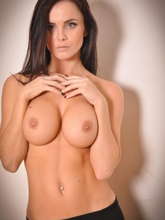 Sexual big tits babe Emma Glover strips and teases